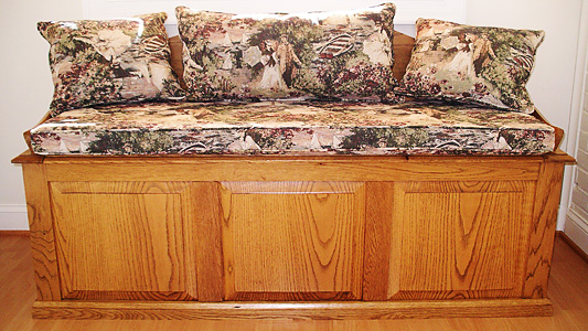 Hope chest with pillows